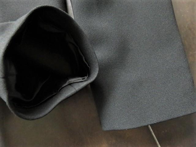 ■新品同様上質美品【AKI】アキ日本製 高級ブラックフォーマルワンピーススーツ7号S 礼服 喪服 セレモニースーツ s1167_画像8