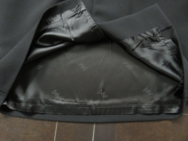 ■新品同様上質美品【AKI】アキ日本製 高級ブラックフォーマルワンピーススーツ7号S 礼服 喪服 セレモニースーツ s1167_画像10