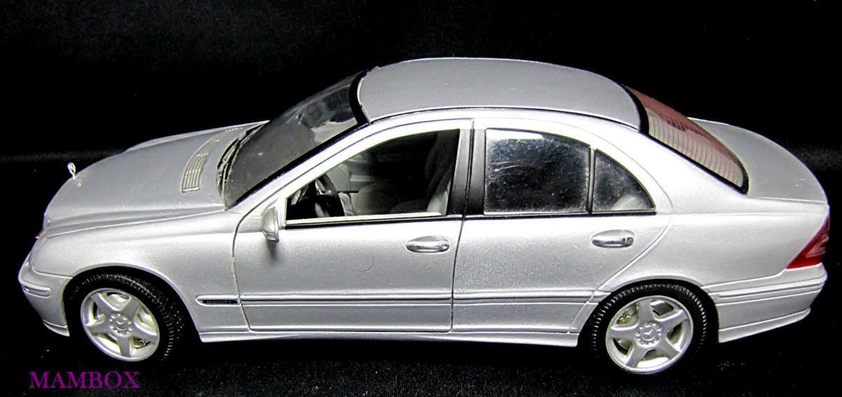 【フリマ】WE☆1/18 9853 メルセデスベンツ Mercedes-Benz C-Class 外箱・ケース無し_画像2
