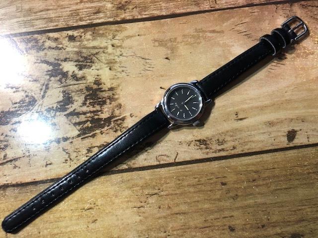 AK10 良好程度 agnes.b/アニエスベー シルバー×ブラック系文字盤 V701-1160 クオーツ レディース 腕時計_画像1