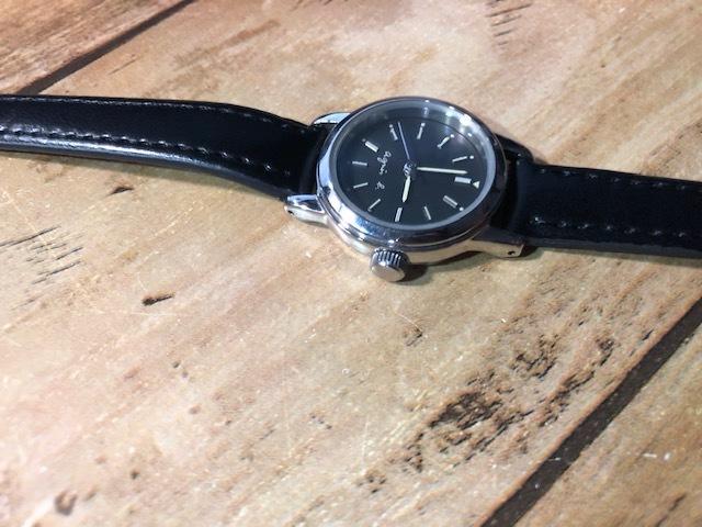 AK10 良好程度 agnes.b/アニエスベー シルバー×ブラック系文字盤 V701-1160 クオーツ レディース 腕時計_画像3