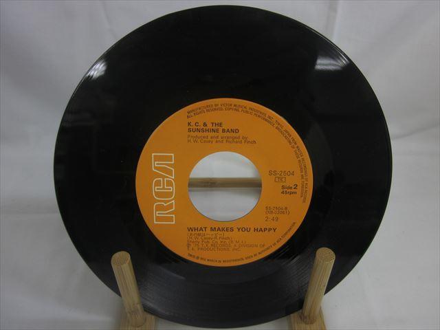 [200610106] K.C.&サンシャインバンド A面 ザッツ・ザ・ウェイ B面 あの娘はハッピー EP レコード SS-2504 RVC株式会社 1975年 【中古】_画像4