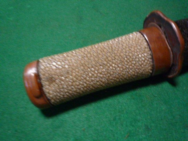 素銅金具の短刀の拵え中身なし  鞘は青貝仕上げ 脇差刀_画像2