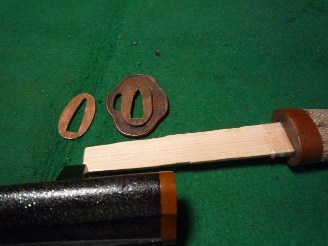 素銅金具の短刀の拵え中身なし  鞘は青貝仕上げ 脇差刀_画像5