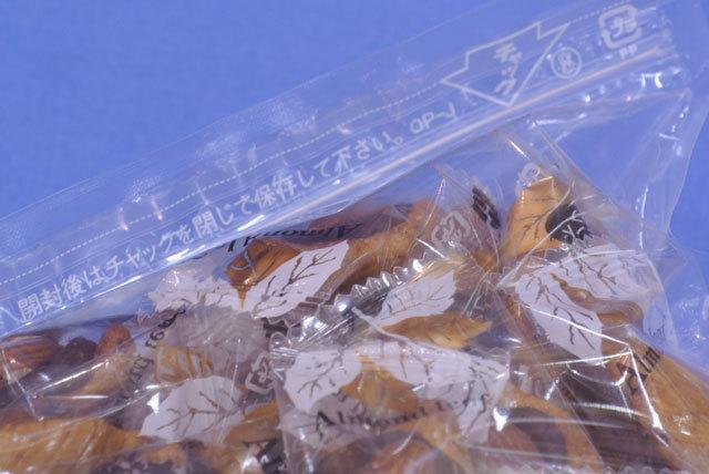 アーモンドリーフ【送料込】(どっさり500g)木の葉型あられにチョコアーモンドをトッピング~手造りおつまみはこれ!_アーモンドリーフ500gはジップ付き!