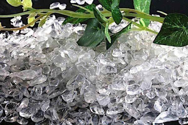 【送料無料】たっぷり 500g さざれ 小サイズ ヒマラヤ 水晶 クオーツ パワーストーン 天然石 ブレスレット 浄化用 さざれ石 チップ ※5_画像5