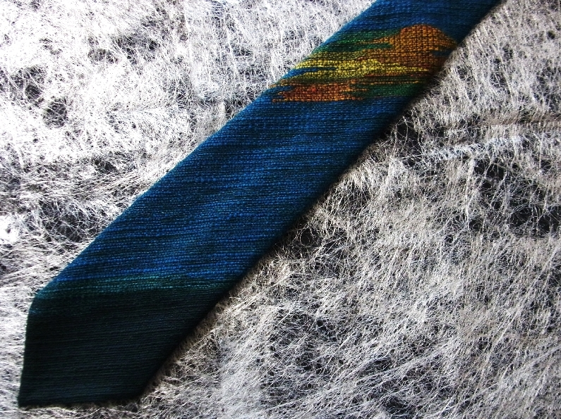 AH0516新品【北海道】手織つむぎ【ウール100%】エルム・ユーカラ織のネクタイ_画像1