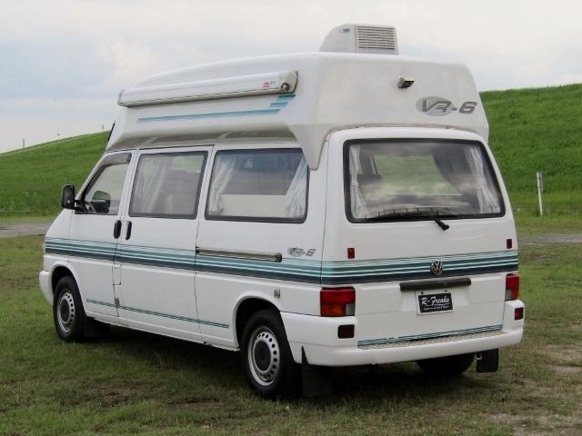 「即決!VW T4 ユーロバン VR6 キャンピングカー 6人乗り 2段ベッド FFヒーター リアクーラー バックカメラ 他」の画像2