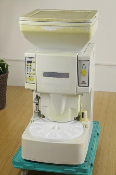 【SUZUMO 鈴茂器工】小型シャリ玉ロボット 寿司ロボット(SSN-ELB)業務 店舗 厨房 現状品 ざ86_画像1