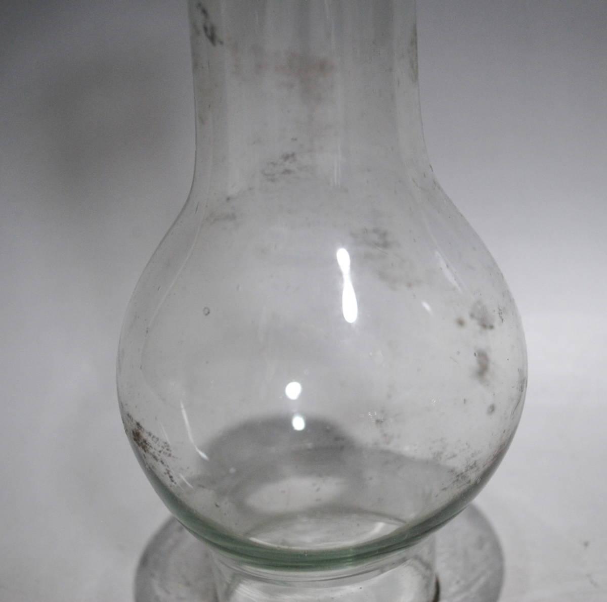 【売切り屋】ホヤガラス 3点 D 大中小 ホヤのみ /アルコールランプ 卓上ランプ 古いオイルランプ アンティーク らっきょうホヤ 豆ランプ_画像3