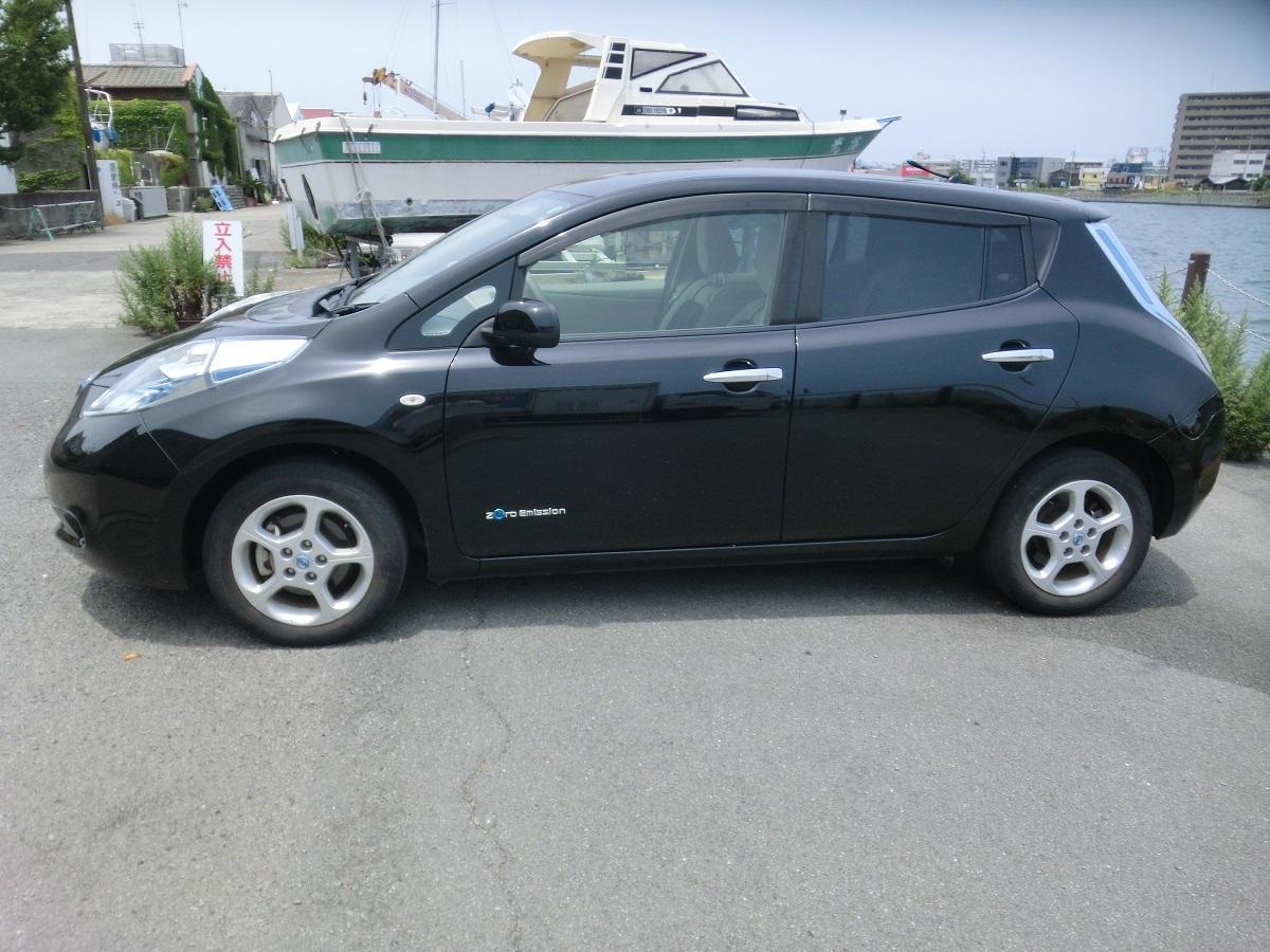 「H24 日産リーフ 黒 G 車検3年6月まで 200V充電コード 美車」の画像2