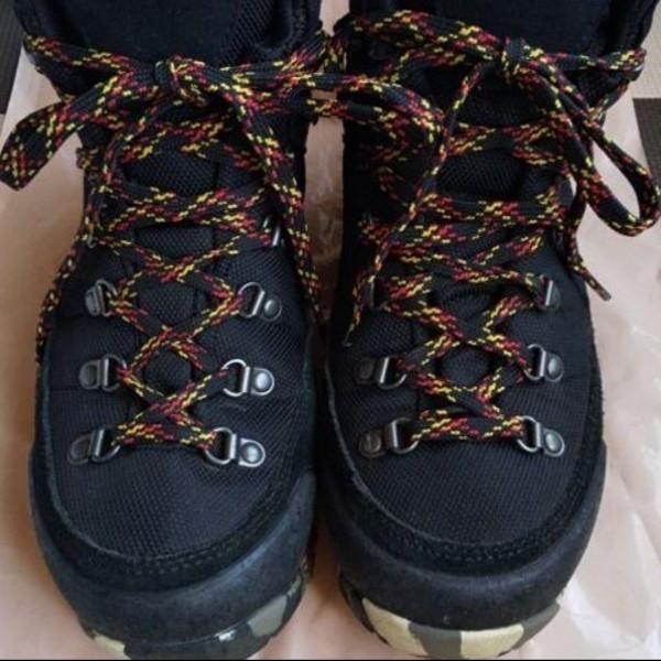 登山靴 登山シューズ