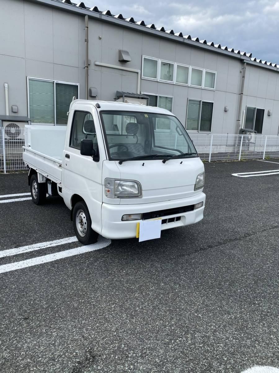 「No.2 ダイハツ ハイゼット トラック 4WD パワーゲート  MT 車検付」の画像1