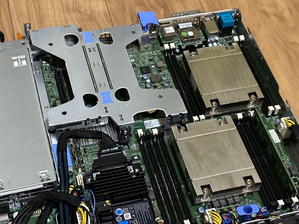★中古★DELL PowerEdge R430/Xeon E5-2620 v3 2基搭載/メモリ4GB/HDD 300GB/DVD_画像4