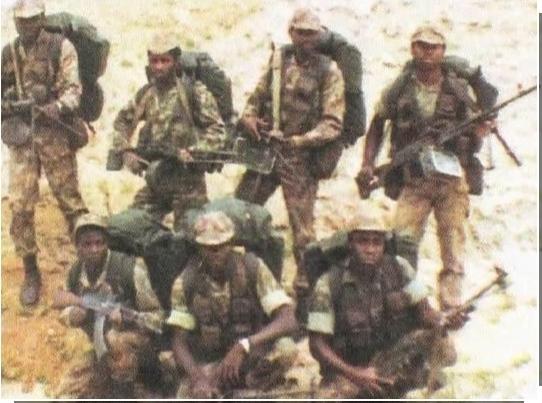 珍品 南アフリカ軍 特殊部隊 32大隊迷彩シャツ ローデシア SAS RLI セルーススカウト PMC エグゼクティブアウトカムズ イラク アフガン_画像5