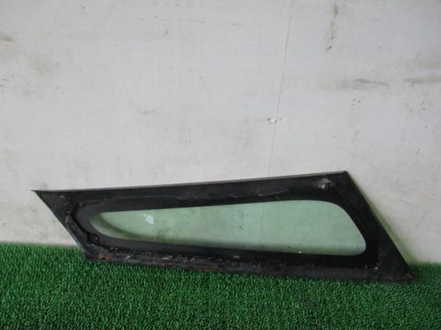 H21 ダイハツ タント カスタムX リミテッド DBA-L375S 『 フロント 右 ピラーガラスクォーターガラス』TT13_画像7