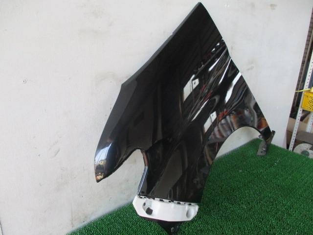 H21 ダイハツ タント カスタムX リミテッド DBA-L375S 『フロントフェンダー 左』TT13_画像4