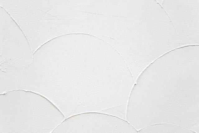 職人の腕が光る~左官仕上げの塗り壁のメリット・デメリット~