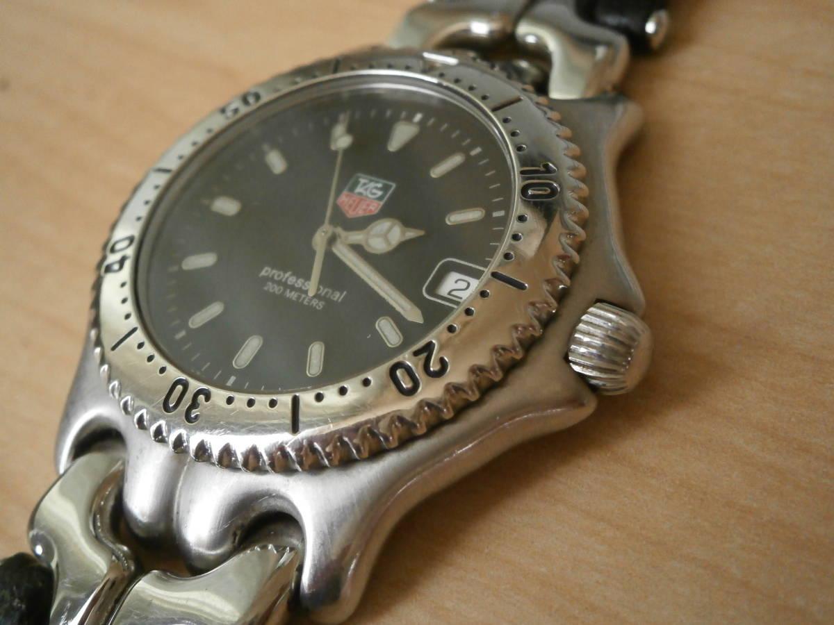 タグホイヤー TAG Heuer 腕時計 クォーツ プロフェッショナル200・革ベルトの難あり。_画像2