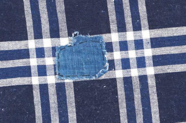 1435◆襤褸◆ボロ◆格子◆布団皮◆藍染木綿古布◆継ぎ当て◆アンティーク◆リメイク素材_画像4
