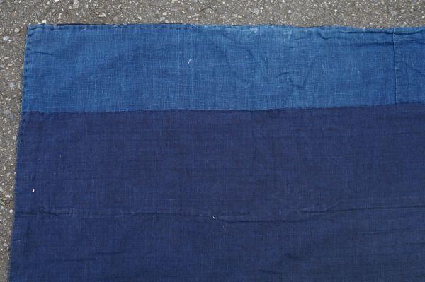 S41◆ボロ◆襤褸◆敷物◆藍染木綿古布◆藍無地◆格子◆型染め(菊唐草・グレー入り)◆6幅◆継ぎ接ぎ◆BORO_画像4