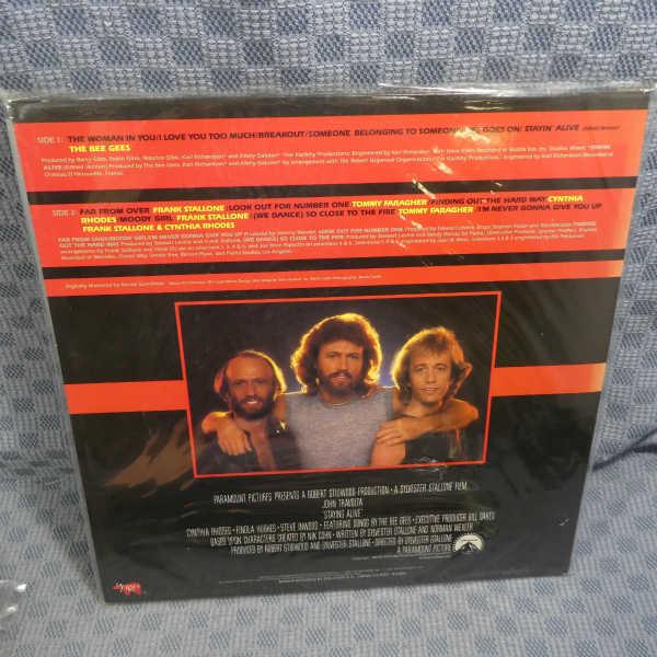 VA139●0035/ビー・ジーズ「ステイン・アライヴ」LP(アナログ盤)_画像2