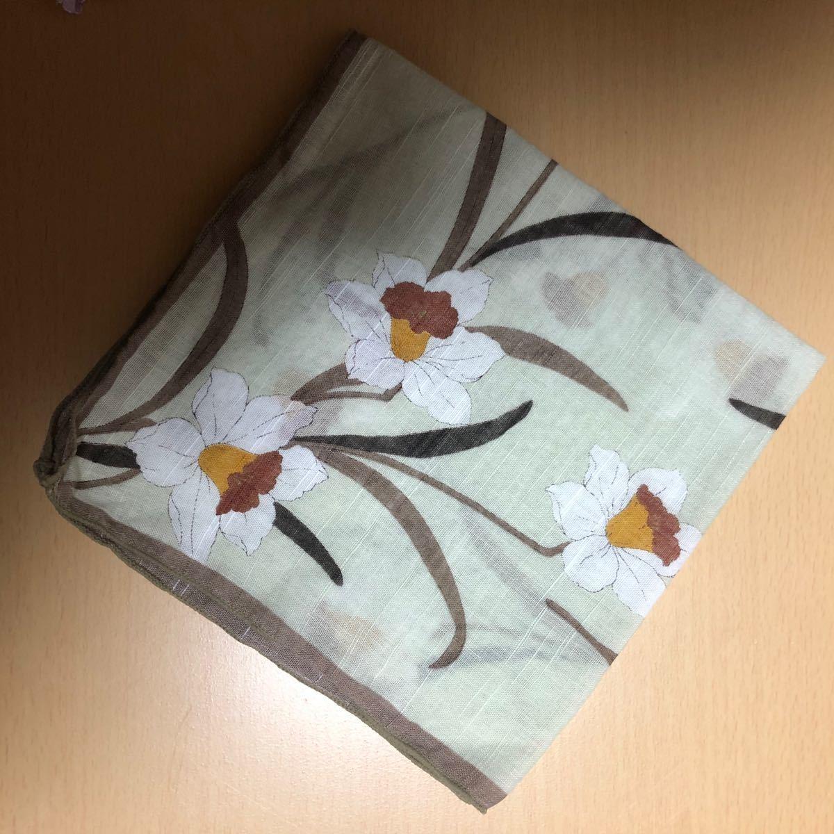 ハンカチ 菖蒲 花柄 黄緑