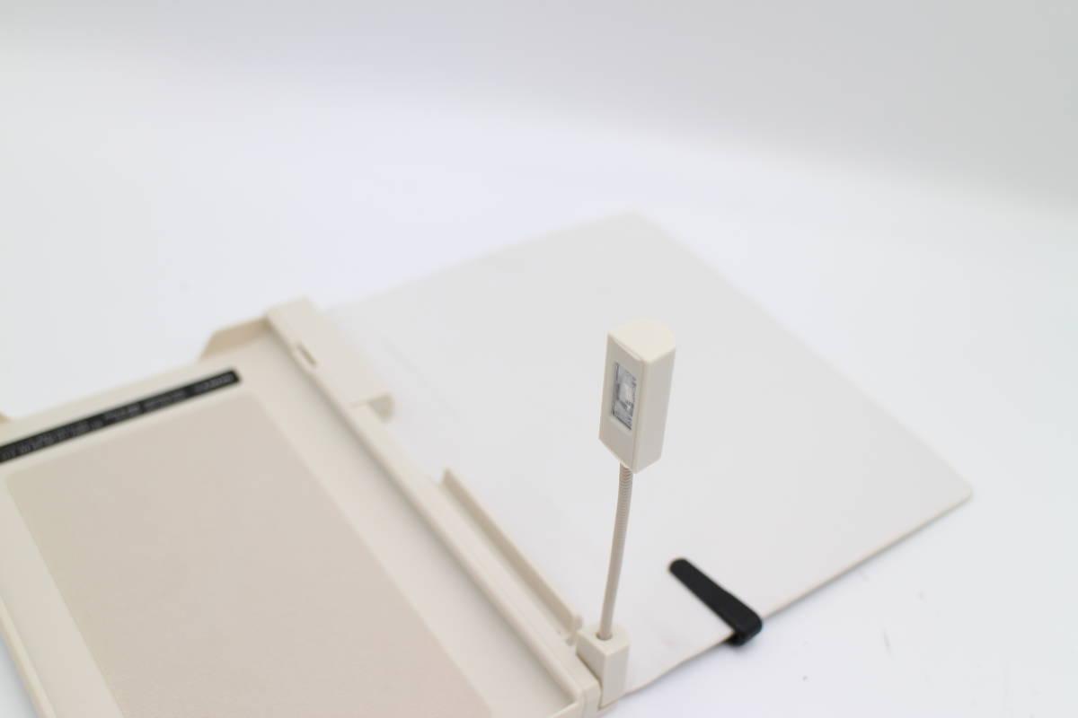 ソニー Reader用 ライト付ブックカバー ホワイト PRSA-CL20/W_画像4