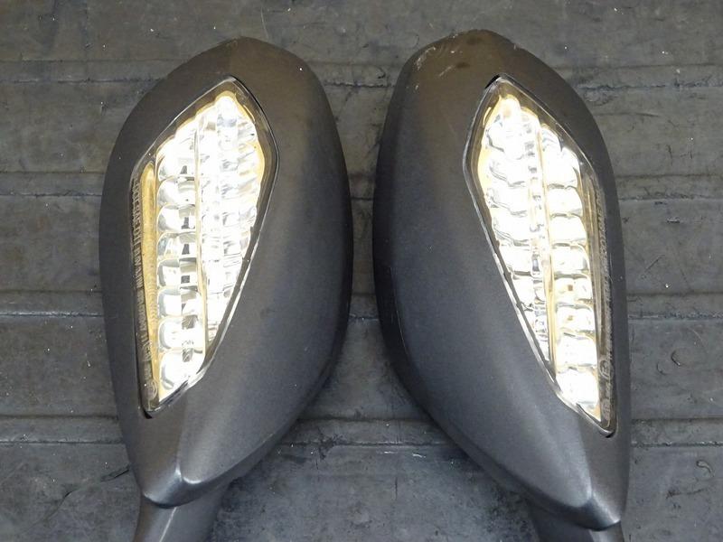 【200701】1199パニガーレS '12◇ ミラー 左右セット LEDウインカー内蔵型 【ドゥカティ スーパーバイク ABS付_画像5