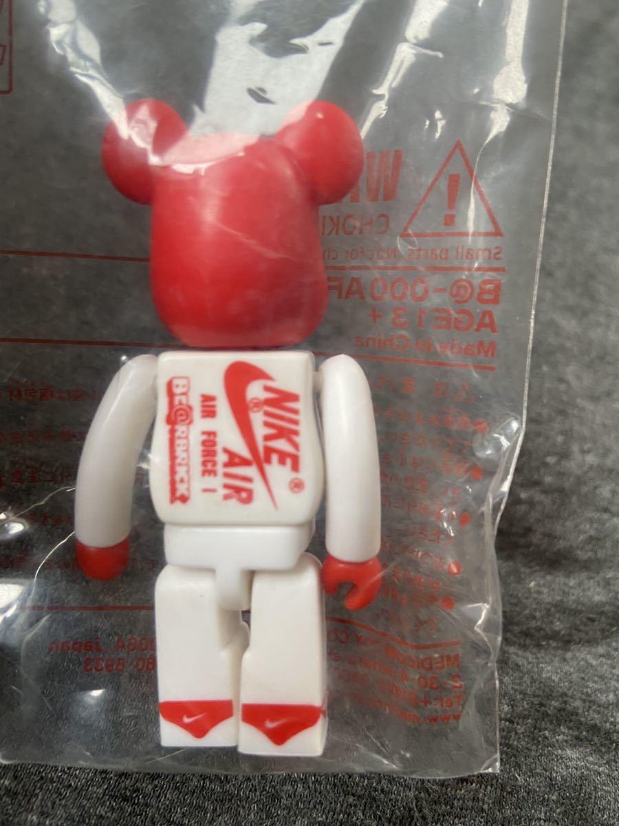 【新品】ベアブリック BE@RBRICK Nike Air Force 1 bearbrick 100% AD21 ナイキ メディコム トイ medicom toy fragment ape fcrb dunk_画像2