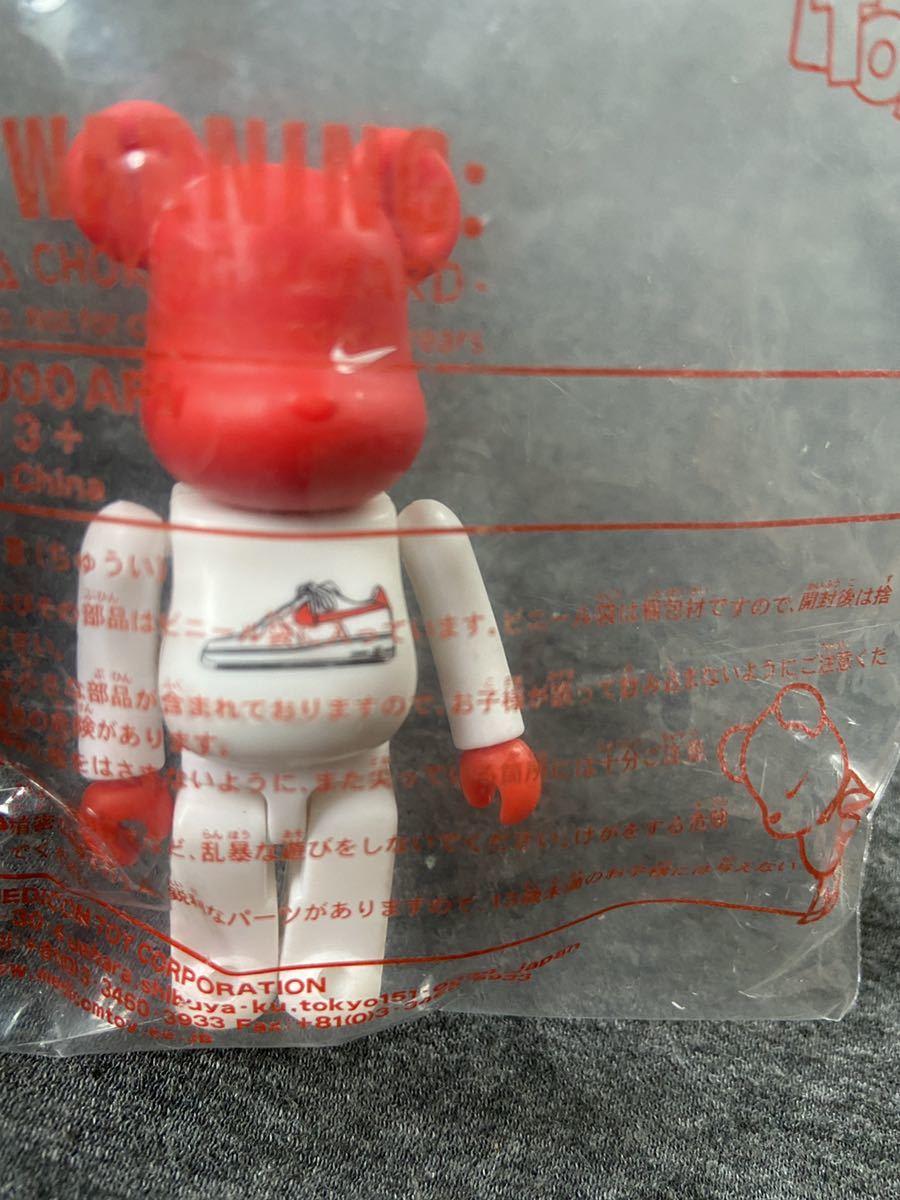 【新品】ベアブリック BE@RBRICK Nike Air Force 1 bearbrick 100% AD21 ナイキ メディコム トイ medicom toy fragment ape fcrb dunk_画像1