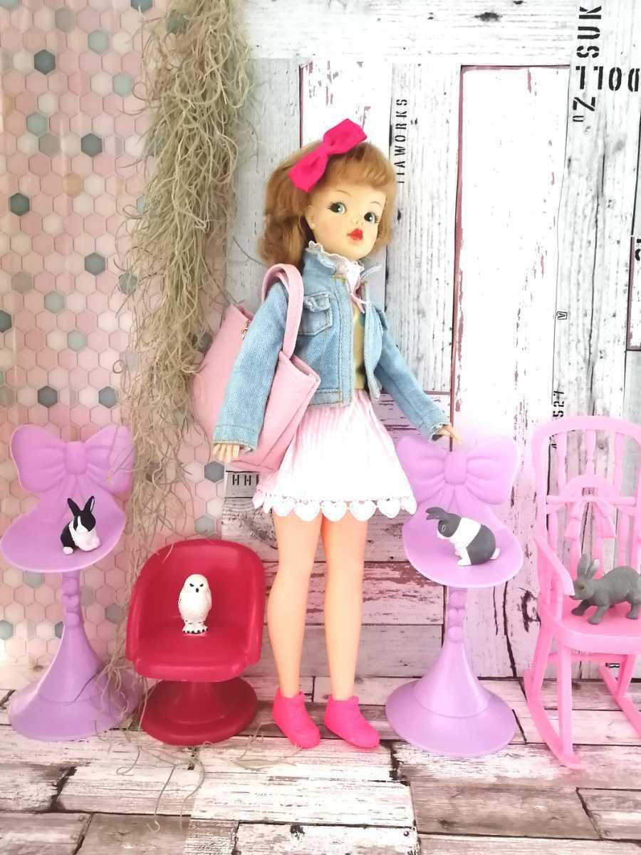 複数有 人形用小物 パープル リボン 椅子 いす イス チェア 人形用 バービー ジェニー momoko 27cmドール 1/6サイズドール_画像8