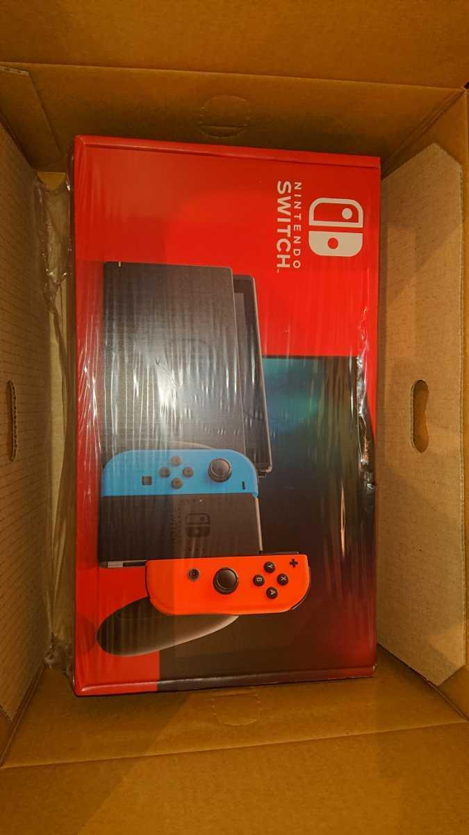 任天堂 Nintendo Switch 本体 Joy-Con(L)ネオンブルー (R)ネオンレッド バッテリー持続時間が長くなった新モデル ニンテンドースイッチ本体_画像2
