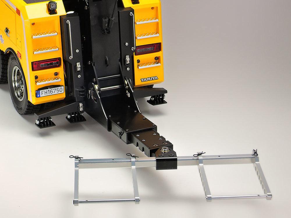 持ち込みによる、塗装済みのタミヤ製ラジコントラック系を組み立てます!!