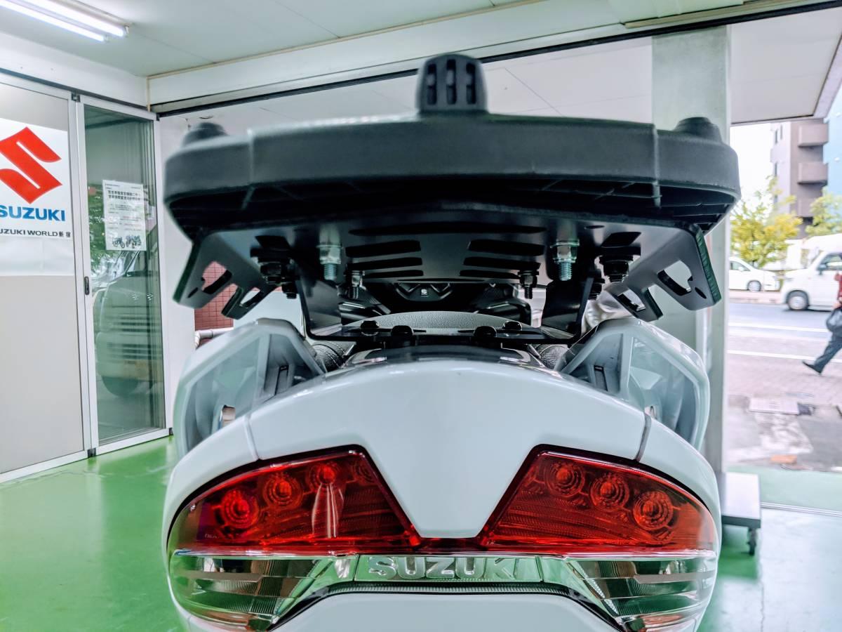 SUZUKI世界戦略車 BURGMAN400 バーグマン400 GIVIマルチウイングキャリア+GIVI43BOX付 別体式ETC2.0!USB電源(防水)正規ディーラー車_画像7