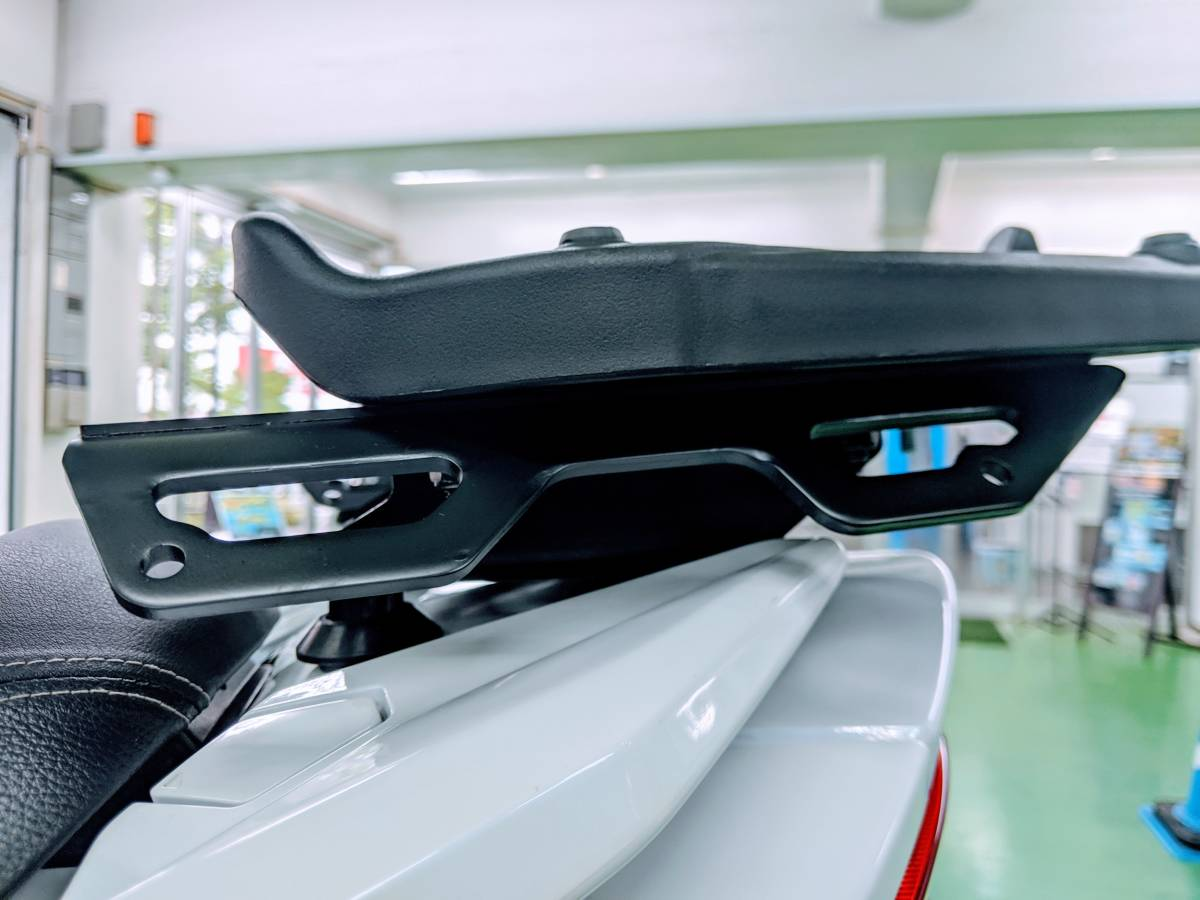 SUZUKI世界戦略車 BURGMAN400 バーグマン400 GIVIマルチウイングキャリア+GIVI43BOX付 別体式ETC2.0!USB電源(防水)正規ディーラー車_画像8