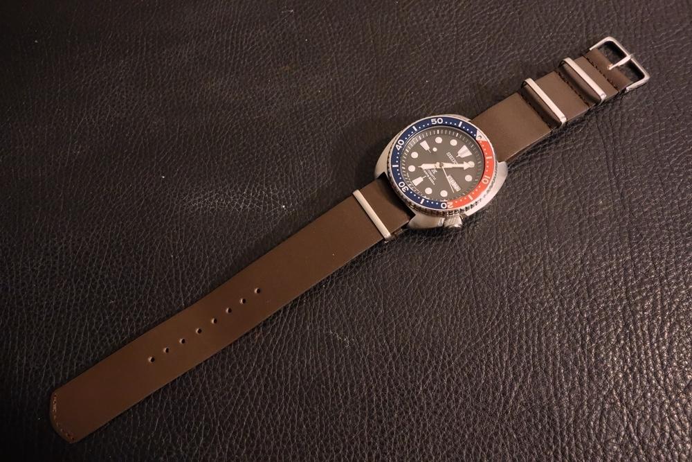 ◆レザーNATO G10ストラップ◆ オイルドカーフレザー ブラウン 18mm 強力撥水 新品 日本製 本革 黒 ミリタリー ブレスレット 腕時計ベルト_画像6