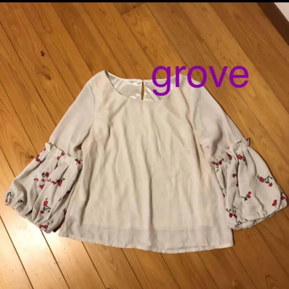 grove    春 花刺繍のトップス