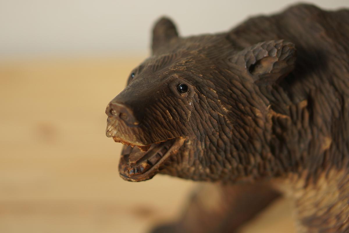 木彫りの熊 高さ約18.5cm ガラス目 [やくも/八雲][彫刻][アイヌ][置物][北海道][工芸品][民芸品]_画像1