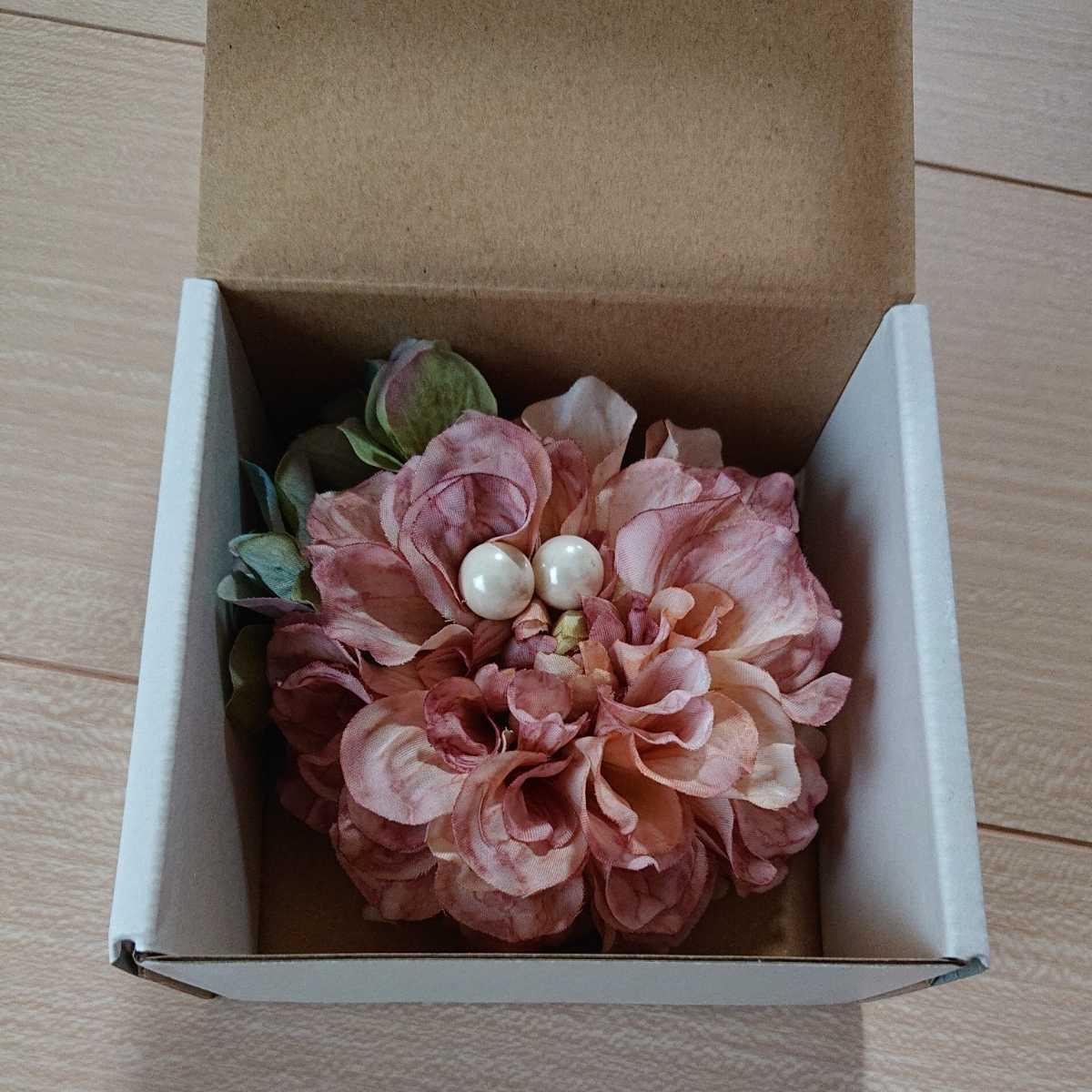 新品 コサージュ 淡いピンク系 卒業式 卒園式 入学式 入園式 お祝い アクセサリー 結婚式 発表会_画像1