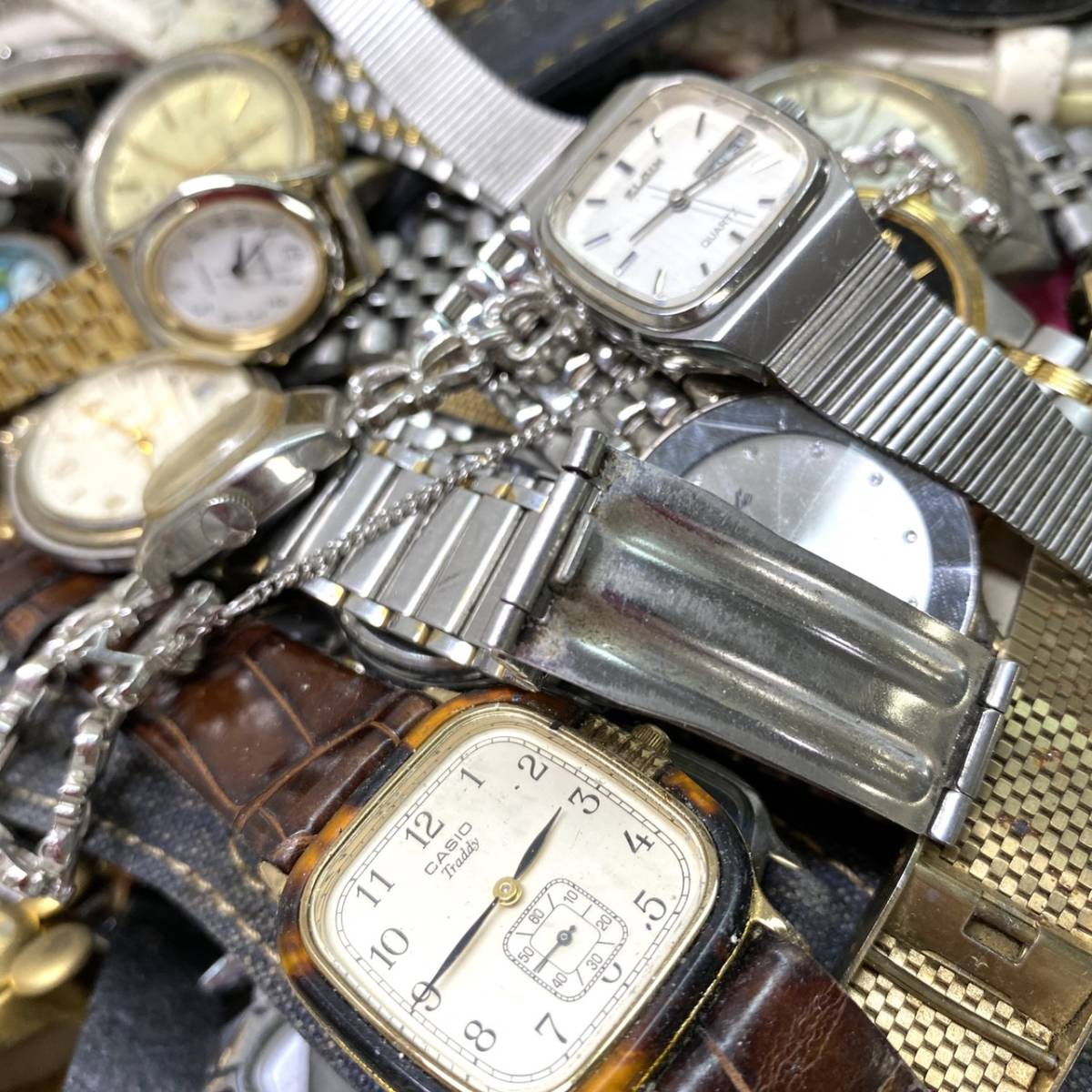 【腕時計まとめ】SEIKO CASIO CITIZEN 他多メーカー メンズ レディース 約118本 セット ジャンク品有り 大量 1円スタート_画像5
