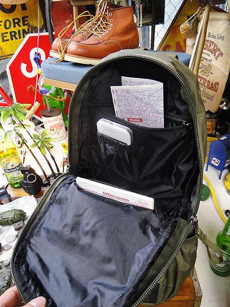 【146316】パラシュート部隊が使うバッグがモチーフ★フライングボディバッグ ボディバッグ/ワンショルダー(アーミーグリーン)/ミリタリー_画像3