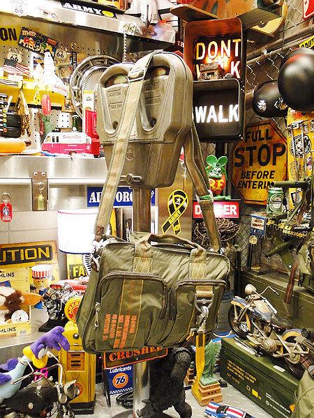 【83581】パラシュート部隊が使うバッグがモチーフ★フライングボディバッグ ブリーフバッグ(アーミーグリーン)/ミリタリー/オシャレ_画像1