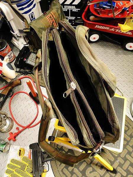 【83581】パラシュート部隊が使うバッグがモチーフ★フライングボディバッグ ブリーフバッグ(アーミーグリーン)/ミリタリー/オシャレ_画像3