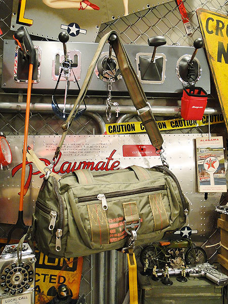 【86814】パラシュート部隊が使うバッグがモチーフ★フライングボディバッグ ドラムバッグ(アーミーグリーン)/ミリタリーグッズ/アメカジ_画像1