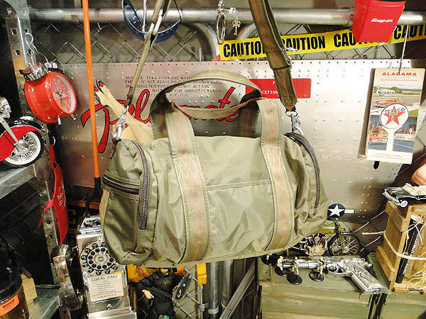 【86814】パラシュート部隊が使うバッグがモチーフ★フライングボディバッグ ドラムバッグ(アーミーグリーン)/ミリタリーグッズ/アメカジ_画像3