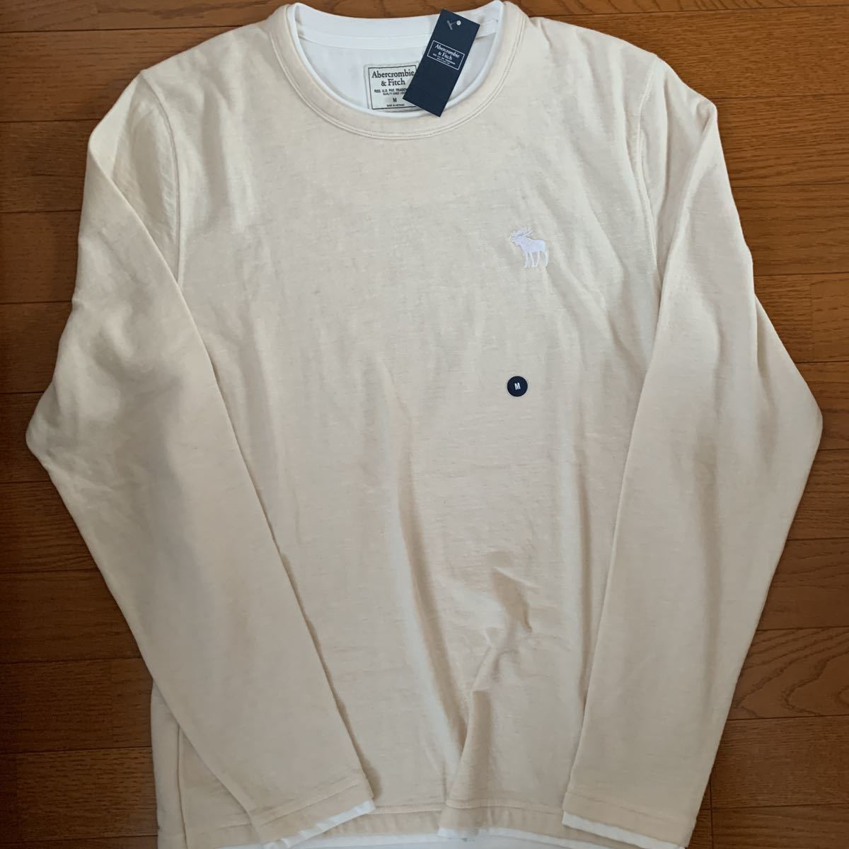 ☆アバクロ☆Abercrombie&Fitch☆ムース長袖Tシャツ☆Mサイズ☆ベージュ☆未使用☆アバクロンビー&フィッチ☆タグ付☆