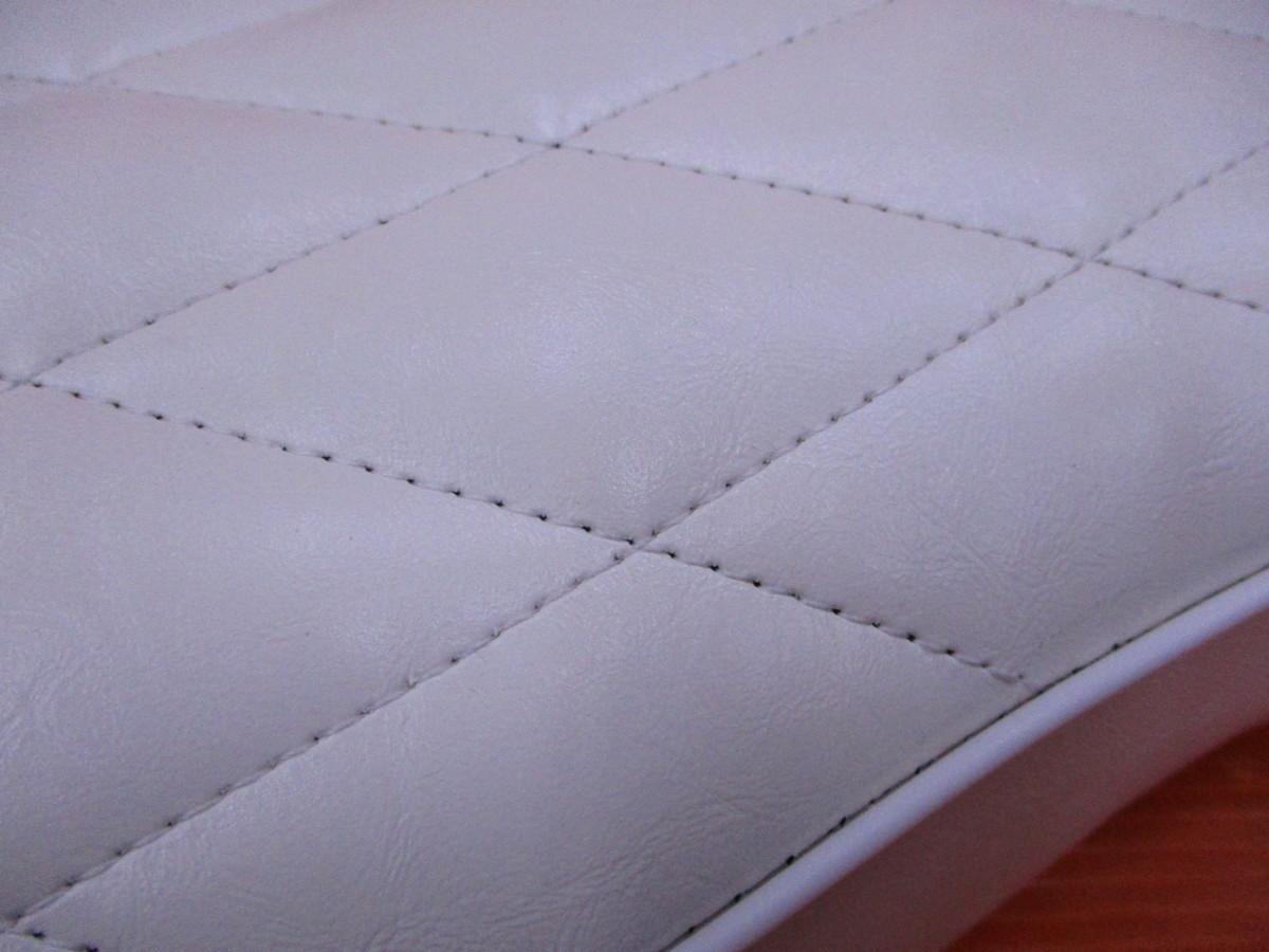 【O】未使用 スーパーカブ コブラシート ダイヤステッチ ホワイト インポート品 (輸入品) C50 AA01 C70 C90 リトルカブ_画像4