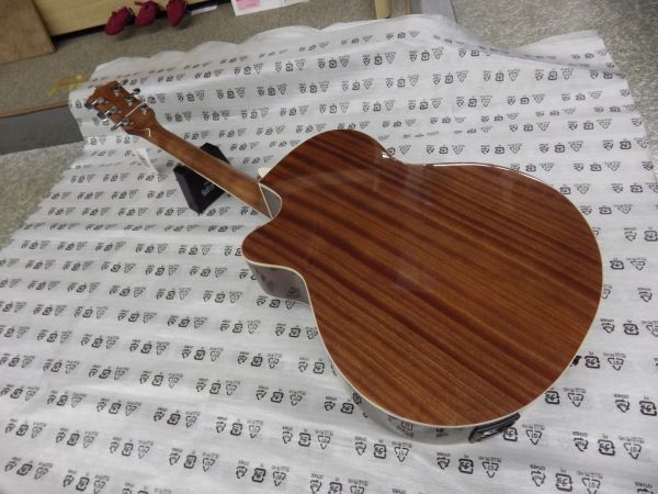 Sepia Crue セピアクルー チューナー機能付き エレアコギター EAW-01/VSケース・ケーブル付属 ストラップサービス_画像6