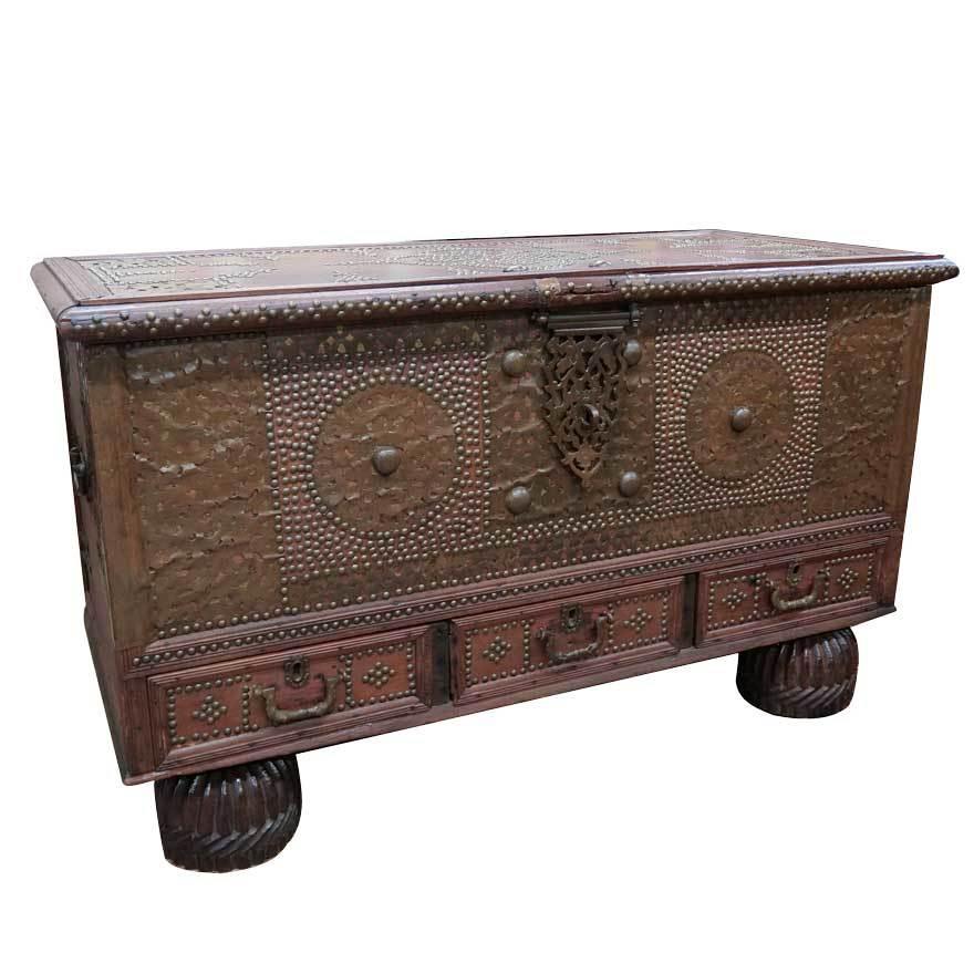 アンティーク アフリカ美術 木製鋲 コファー 箱 王侯酋長調度品 z-056_画像1